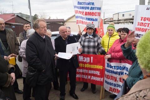 Народная приемная депутата С.П. Обухова: новые встречи, старые проблемы