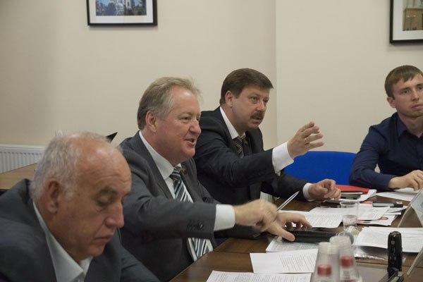 Материалы экспертных Круглых столов по важнейшим городским проблемам города Краснодара