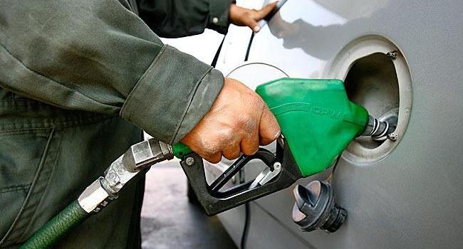 Депутаты-коммунисты Госдумы усмотрели сговор монополистов в повышении цен на бензин в России