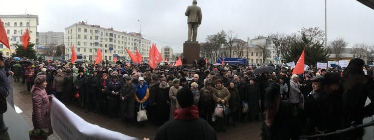 С.П.Обухов на митинге в Краснодаре «Хватит обирать народ!»: Поддерживаю требования отставки мэра Евланова и главы фонда капремонта Березницкой