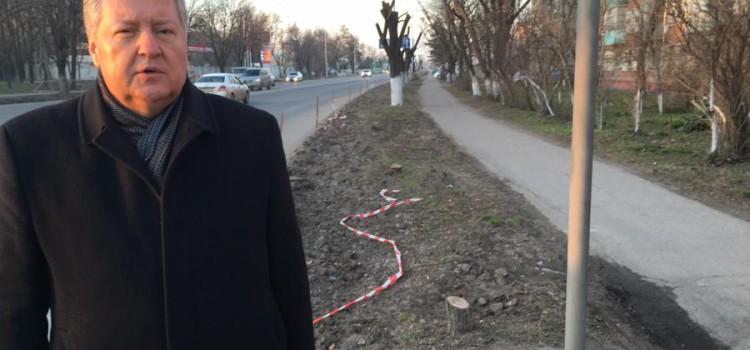 Депутат С.П.Обухов направил прокурору Краснодарского края телеграмму-запрос: «Остановить массовую вырубку платанов на Ростовском шоссе, защитить права жителей»
