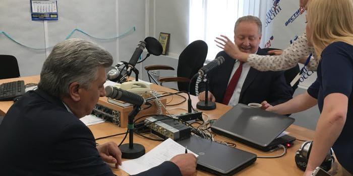 «Функция парламента обязана смотреть, чтобы не разворовали бюджетный кошелек». С.П. Обухов выступил на радио «ВестиFM. Кубань»