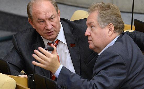 Краснодар. В.Ф. Рашкин и С.П. Обухов выступили против незаконной стройки в Музыкальном микрорайоне