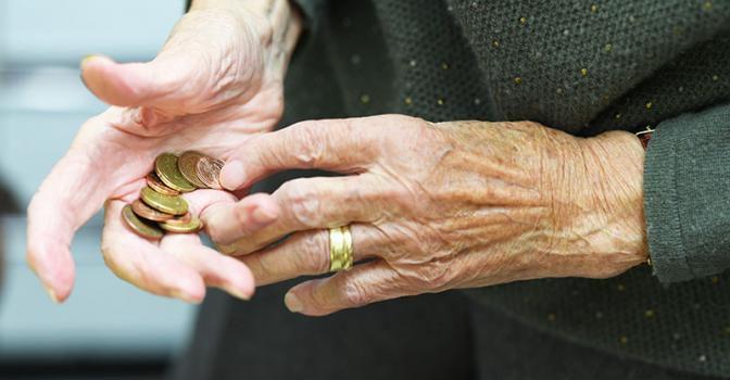 Сергей Обухов — «Свободной Прессе» об индексации пенсий: Кремль будет грабить пожилых «до упора»