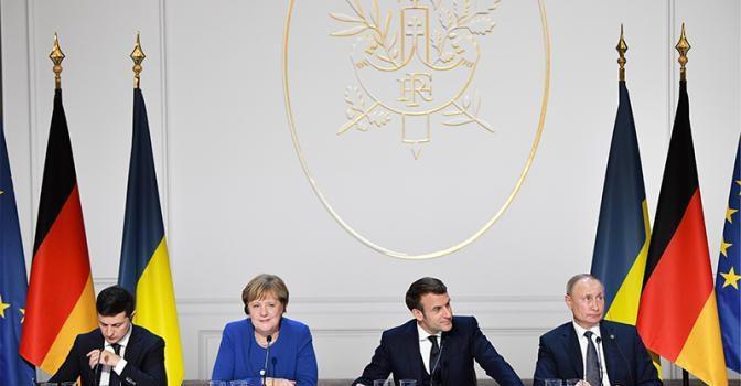 Сергей Обухов — «Свободной прессе»: Путин балансирует у «красной черты» — сдачи Донбасса