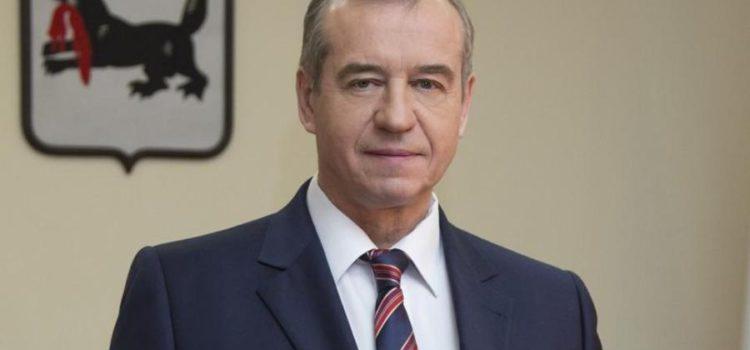 Сергей Обухов — «Независимой газете»: После отставки Левченко на федеральном ТВ пока «отстали» от «красных губернаторов»