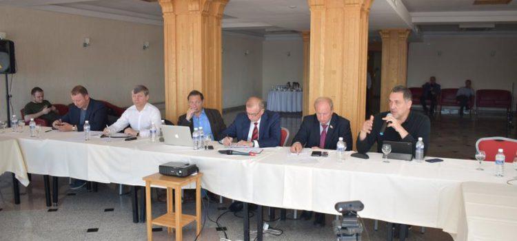 Ведущие экономисты России и мира оценили опыт Иркутской области на международной конференции в Листвянке