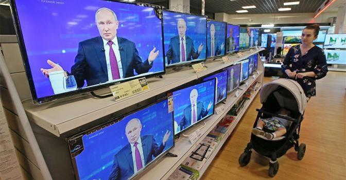 Сергей Обухов — «Свободной прессе»: Путин выдохся на «прямой»: Почему президент не поговорит с народом