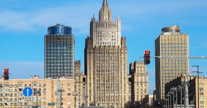Сергей Обухов – «Свободной прессе»: Враги и недруги Лаврова: МИД уполномочен заявить
